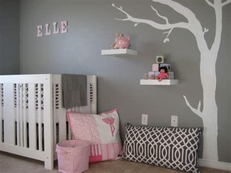 chambre bebe fille en gris  rose  belles idees