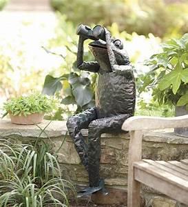 Solar Accent Lighting Butterfly Handcrafted Metal Frog With Binoculars Garden Sculpture
