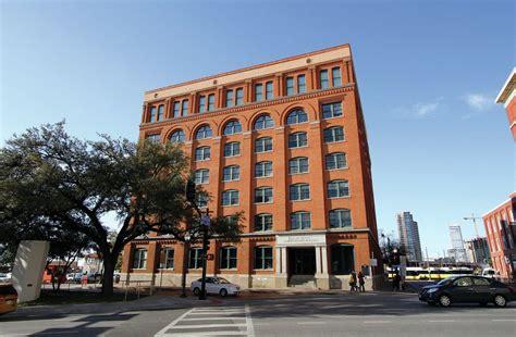 sixth floor museum texas school book depository travel