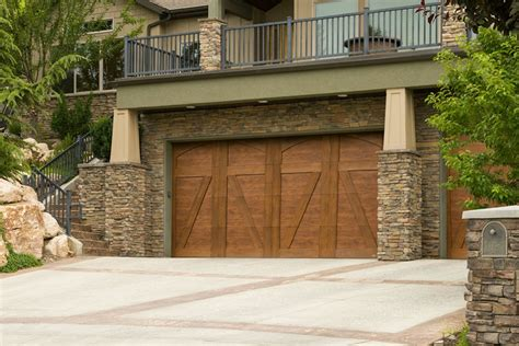 Compare Types Of Garage Doors Before You Buy