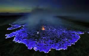 kawah ijen le mystere des flammes bleues imagystique