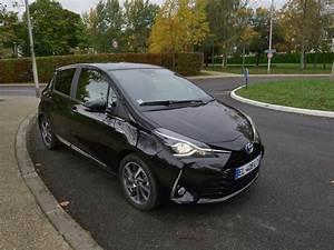 Toyota Yaris Hybride Avis : citadine essai vid o toyota yaris hybride 2017 hybrid life forum automobile hybride ~ Gottalentnigeria.com Avis de Voitures
