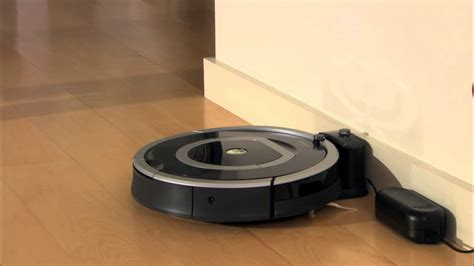 irobot roomba vacuuming robot  series   charge
