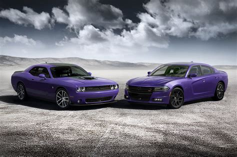 Dodge Car : 2016 Dodge Charger, Challenger Add