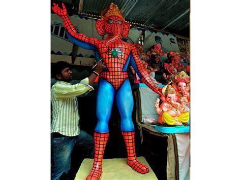 selfies  superheroes ganesha idols
