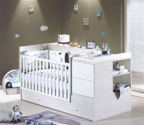 chambre transformable bébé chambre winnie bebe