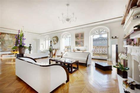 bureau logement tours immobilier de luxe avec vue sur la tour eiffel vivons maison