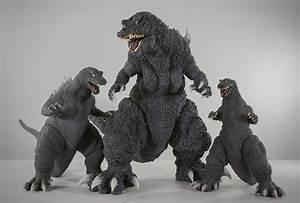 X-Plus Gigantic Series Godzilla 2001 - Kaiju Addicts Full