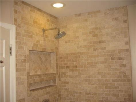 kitchen travertine backsplash 53 best travertine bathrooms images on 3388