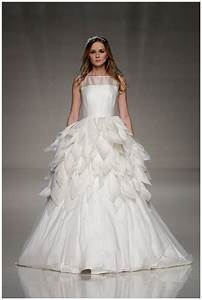 Best wedding dress designers uk for Custom wedding dress designers
