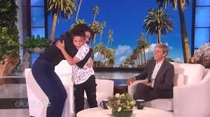 VIDEO: Idina Menzel Gives 11-Year-Old 'Let It Go' Singer ...