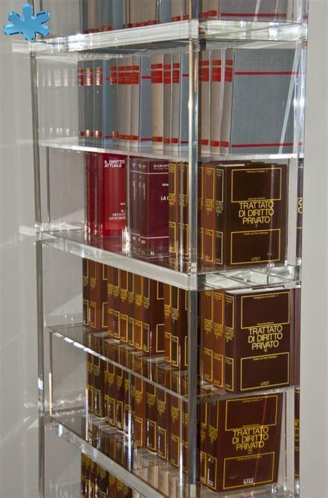 libreria in plexiglass librerie in plexiglas libreria trasparente in plexiglass