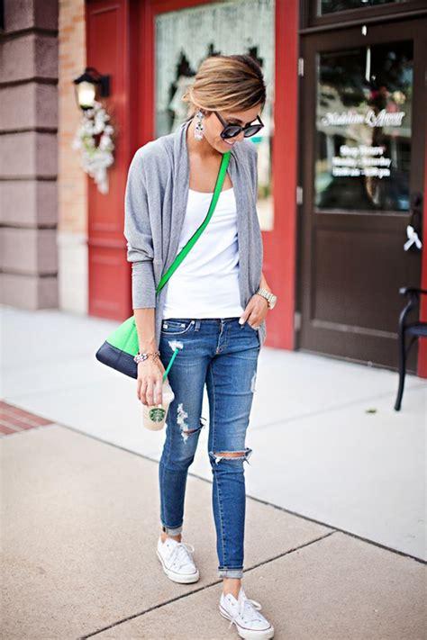 How To Wear Distressed Denim u0026 Ripped Jeans 2018   FashionGum.com