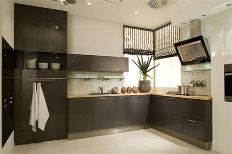 couleur mur cuisine bois cuisine gris anthracite 56 idées pour une cuisine chic et moderne