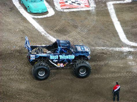 monster truck show south florida monster jam raymond james stadium ta fl 001