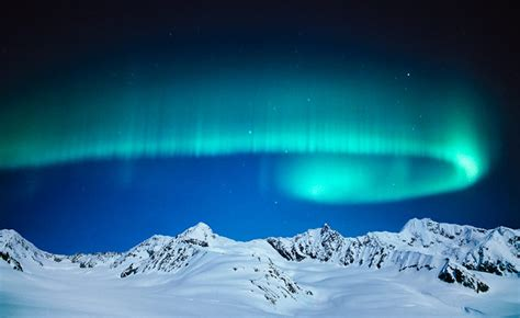 when to see the northern lights the best 10 places to see the magnificent northern lights
