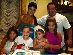 Teresa Giudice And Husband Joe Ask To Serve Their YEARS In Prison One After The Other For Sake
