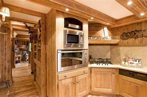 cuisine chalet décoration intérieur chalet montagne 50 idées inspirantes