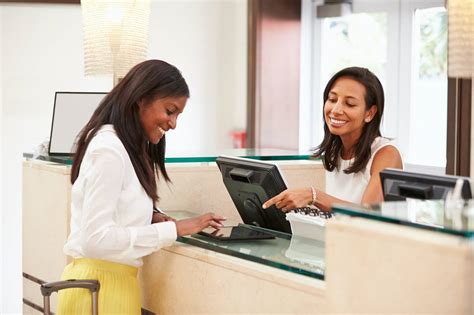 Front Desk Receptionist Interview Questions & Answers ...