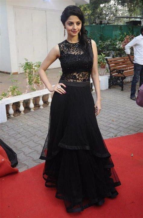 South Indian Actress Vedhika In Designer Black Long
