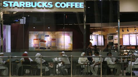 Saudi Starbucks Refuses To Serve Women After 'gender Wall Calories In A Long Black Coffee Birch 71 West Houston Nyc Upper East Side With Sugar And Milk Nespresso Malaysia Spruce Street Spot Rowledge