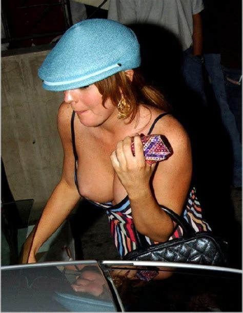 sexy upskirts and nipple slips jpg 620x800