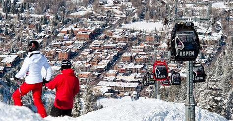 Aspen, Colorado - Beautiful Ski Destination - Tourist ...