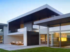 architect home plans architectures skip floor house leibal as as a minimalist house located attractive