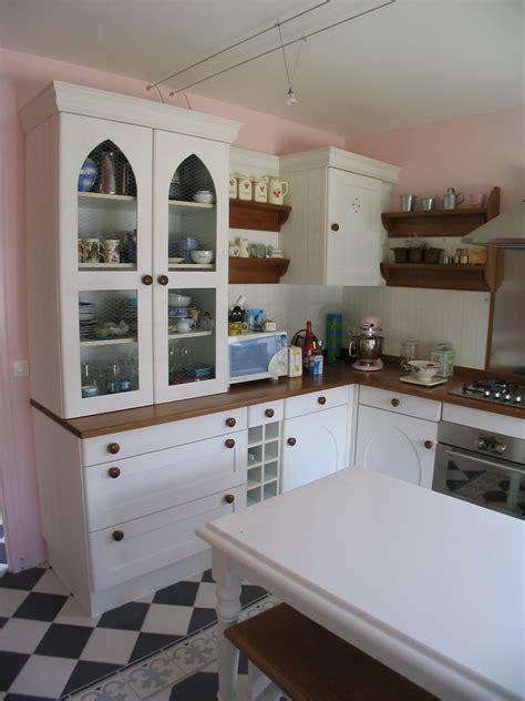 cuisine peinte cuisine peinte retro l 39 atelier du tregor