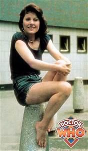 Doctor Who's No. 1 Gal Pal Shares Secrets of Sarah Jane's ...