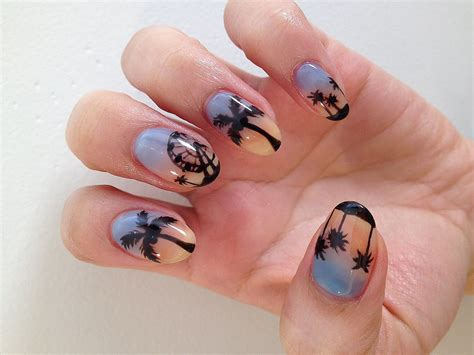 Nail Art Diy : Diy This Psychedelic Festival Nail Art Now