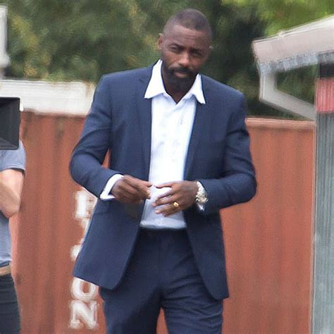 Idris Elba Sounds Off on That Shocking Bulge Picture ...