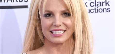Britney Spears Net Worth 2020: Age, Height, Weight ...