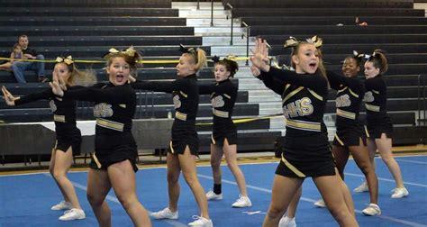 richmond hill high school cheerleaders   win