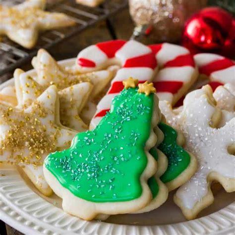 easy sugar cookie recipe  frosting sugar spun run