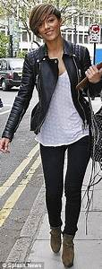 The Saturdays' Rochelle Wiseman pokes fun at her weight ...