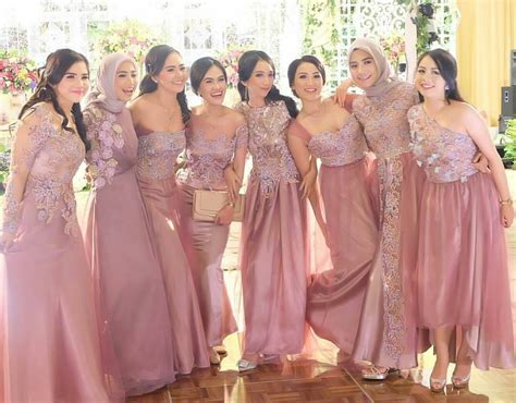 bridesmaid inspiration  atameliapungky kostum kondangan