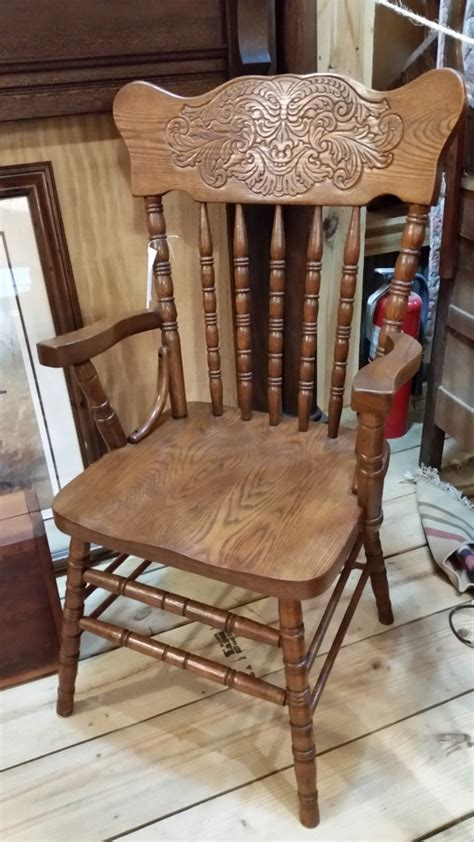 solid oak pressed back chairs set of 4 2 arm to 2 side