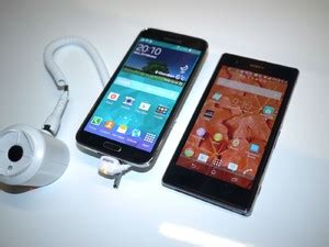 samsung galaxy s5 vs sony xperia z1 z1s look phonearena reviews phonearena