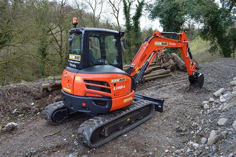 mini excavators kdm hire
