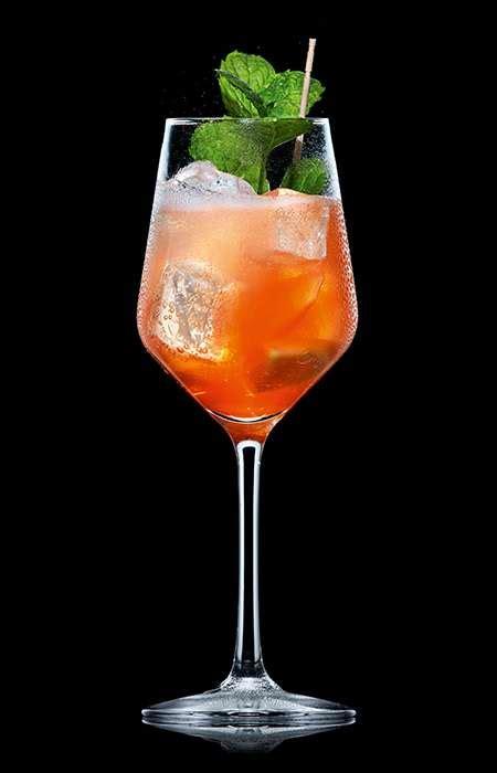 Schweppes  Cocktails  Aperol Lemon Spritz