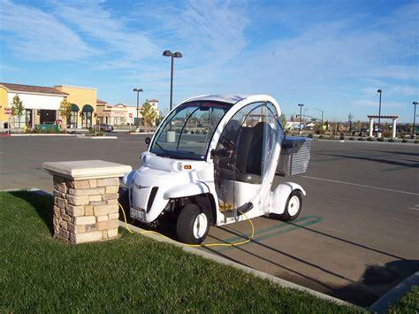 Neighborhood Electric Vehicle by Lincoln Neighborhood Electric Vehicle Transportation
