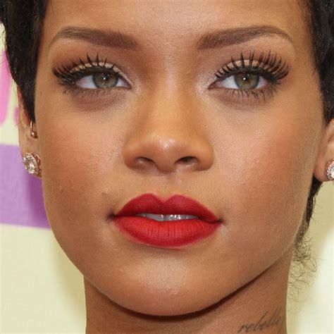 rihanna real eye color rihanna makeup beige eyeshadow brown eyeshadow