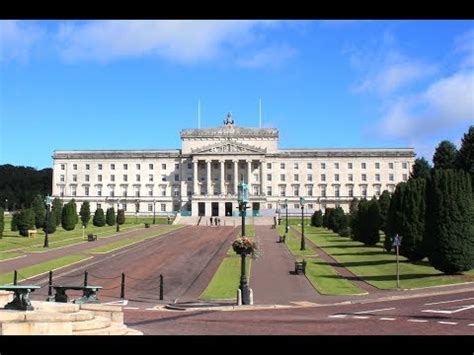 Stormont talks: Parties meet Northern Ireland Secretary ...
