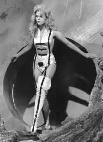 ben schwartz bikini jane fonda 76 shows off her ageless figure in a see