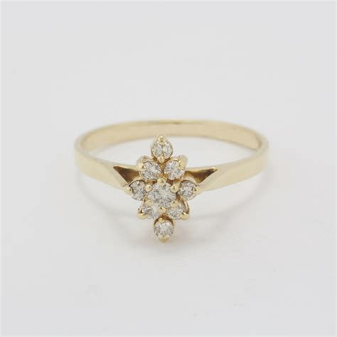 pre owned 14 karat yellow gold chagne diamond ring