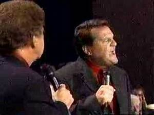Bill Gaither And Mark Lowry Christmas Comedy - YouTube