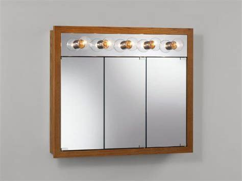 1000+ Ideas About Medicine Cabinets With Lights On