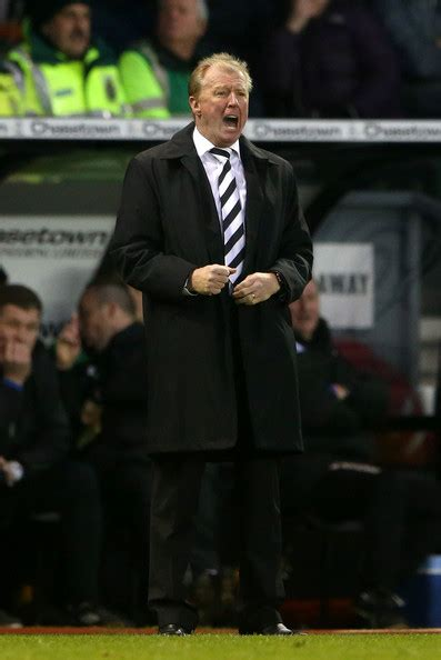 Steve McClaren - Steve McClaren Photos - Derby County v ...