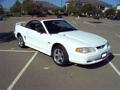 sell   ford mustang gt convertible  door